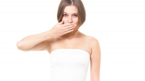 生理中の汗や体臭がきつくなる原因とは?