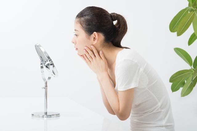 敏感肌の赤みの原因と改善方法