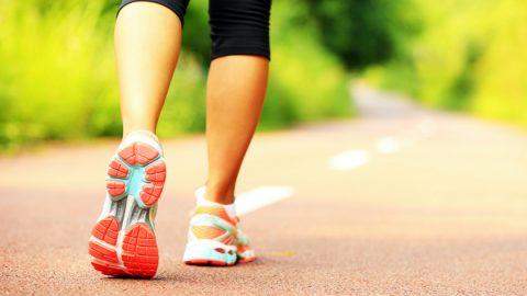 女性がウォーキングを始める為の正しいダイエット成功法