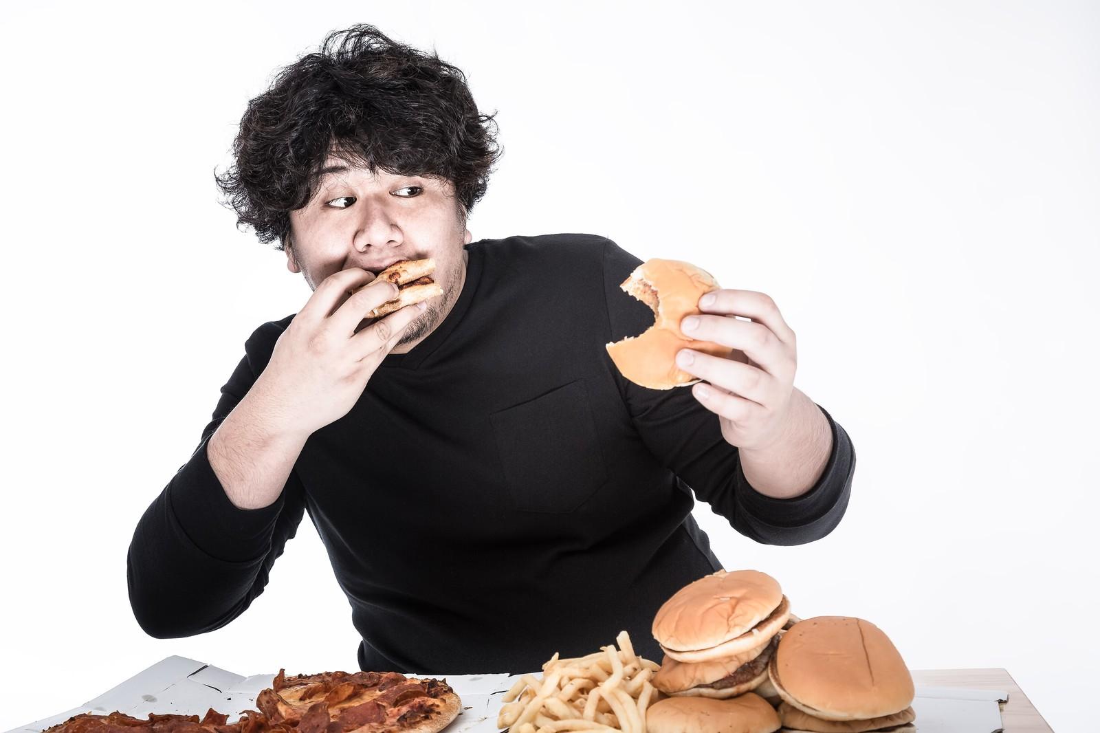 実は皆も悩んでる!彼氏の食べ方マナーが不快な場合のしつけ方