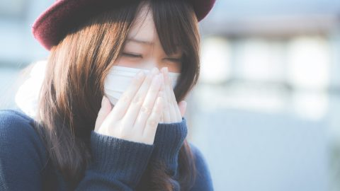 毛穴が開いて憂鬱…どうしたらいいの?原因と治し方