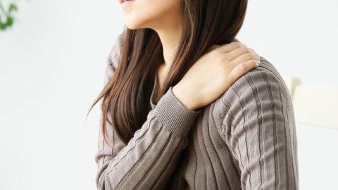 ガッチリ肩が気になる!肩幅を狭くする方法ってあるの?